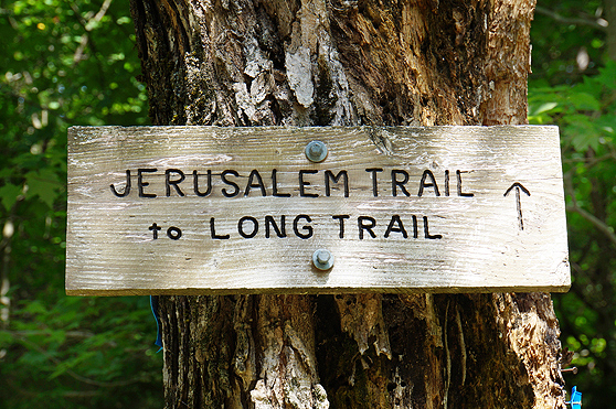 jerusalem trail to long trail sign photo to mount ellen