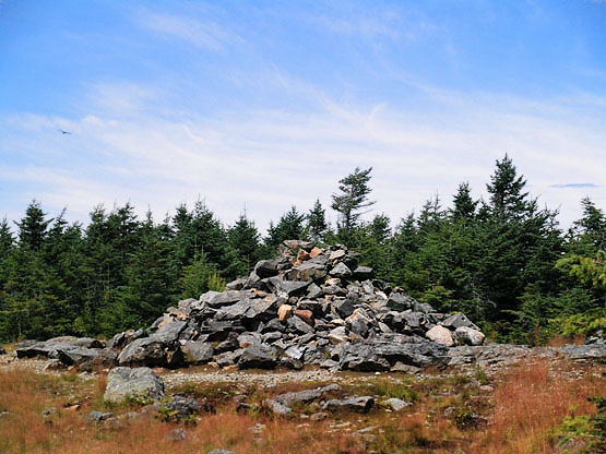 Mount Hale Summit Cairn - Hike 4000 footers Mount Hale